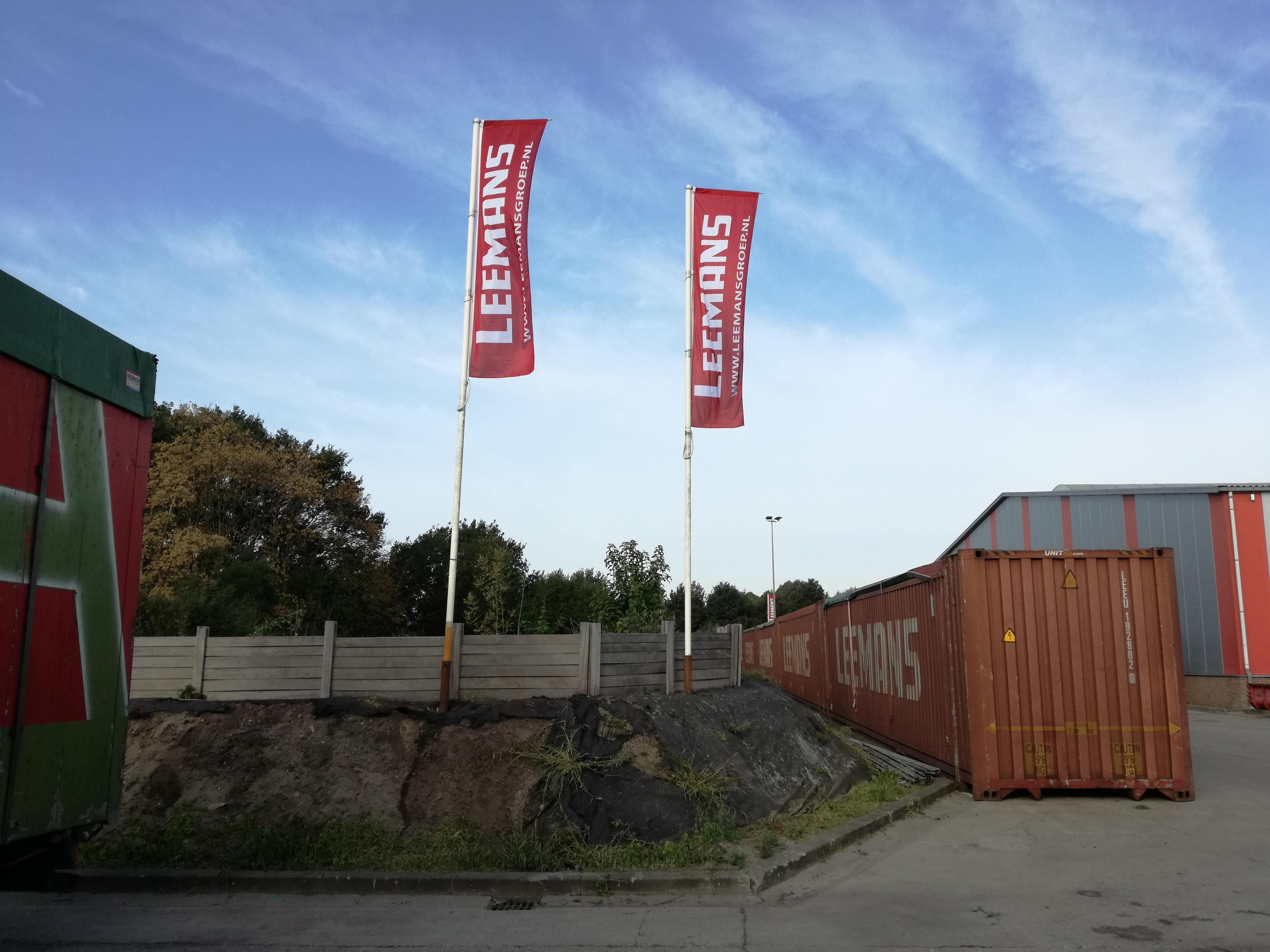 vlag, baniervlag, baniervlaggen, mast, Leemans, Vriezenveen, Almelo, AS Paint